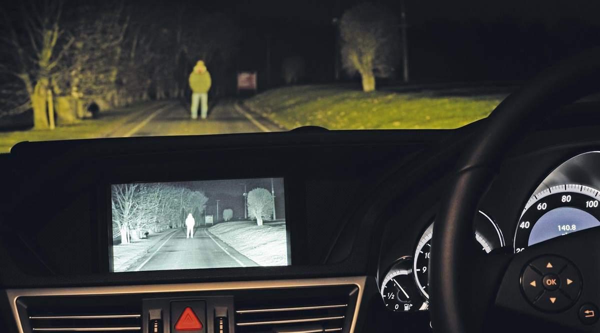 نظام الرؤية الليلية في السيارات