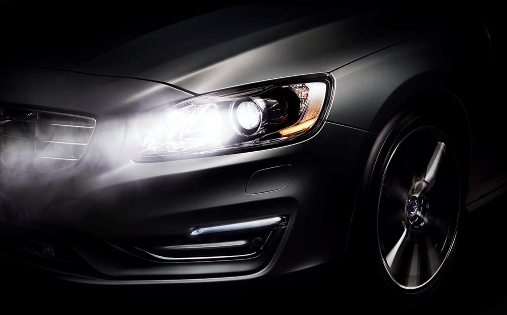 ضوء السيارة