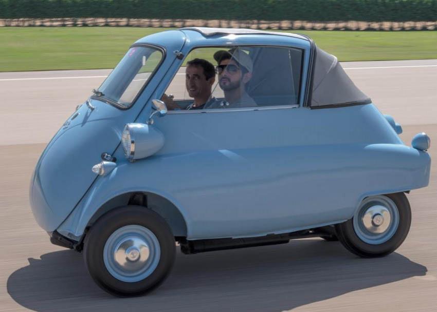 ما هذه السيارة الغريبة التي يقودها الشيخ فزاع؟