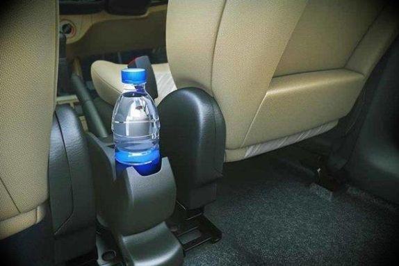 اشياء وضعها في سيارتك خلال الصيف.. خطر عليك! %D8%B9%D8%A8%D9%88%D8%A7%D8%AA%20%D9%85%D9%8A%D8%A7%D9%87